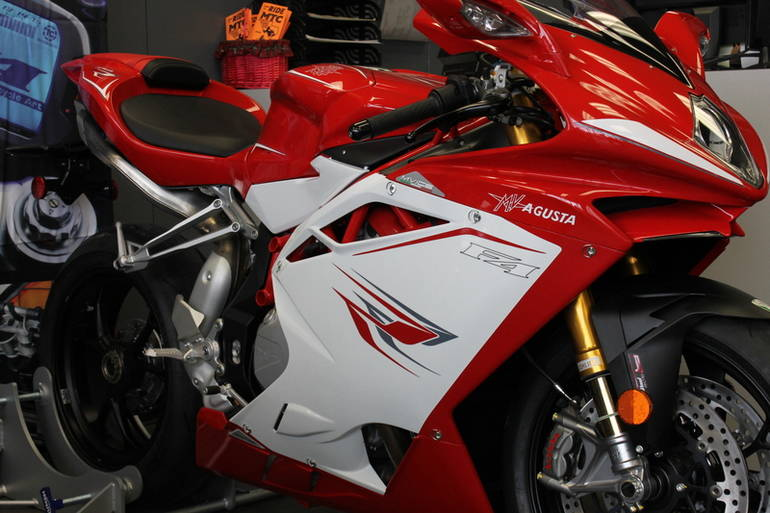 See more photos for this Mv Agusta F4-1000RR, 2015 motorcycle listing