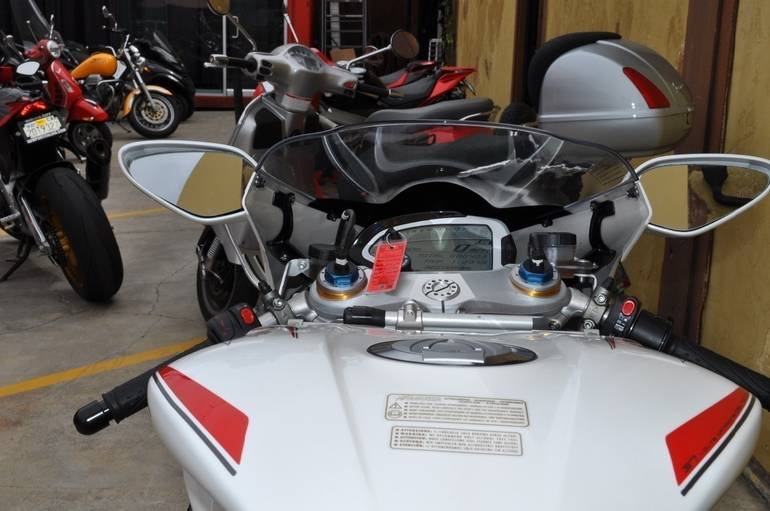 See more photos for this Mv Agusta F4 RR , 2015 motorcycle listing