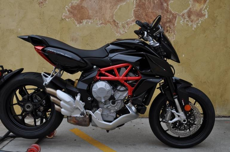 See more photos for this Mv Agusta Rivale 800 , 2015 motorcycle listing