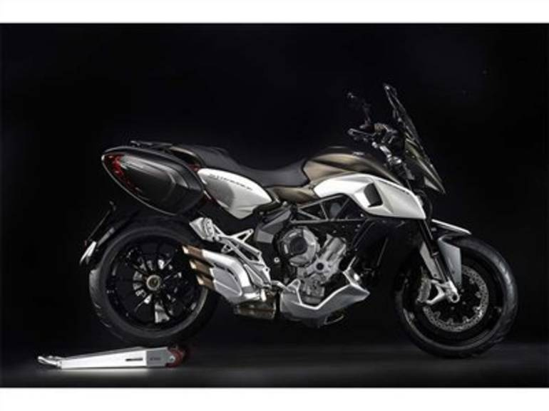See more photos for this Mv Agusta Stradale 800 EAS ABS, 2015 motorcycle listing