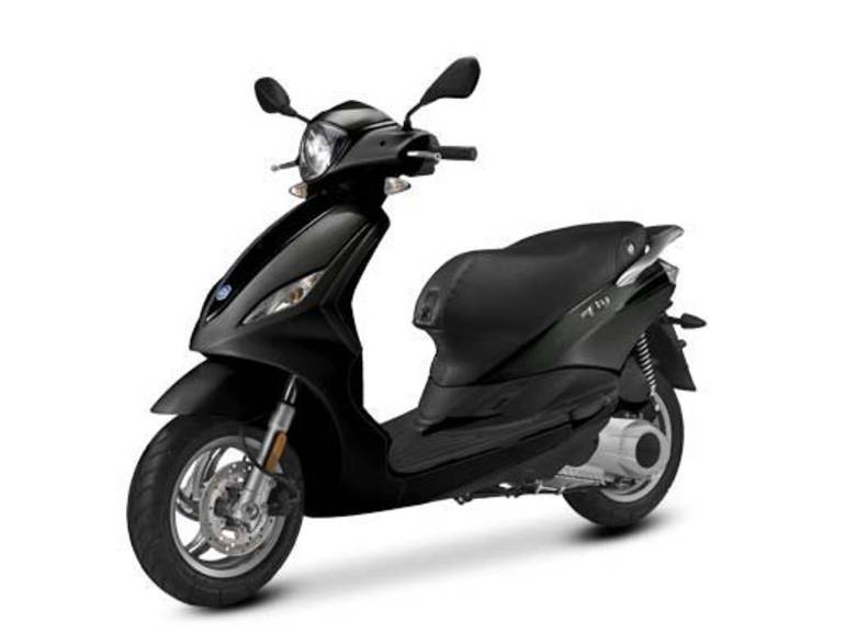 See more photos for this Piaggio Fly 50, 2015 motorcycle listing