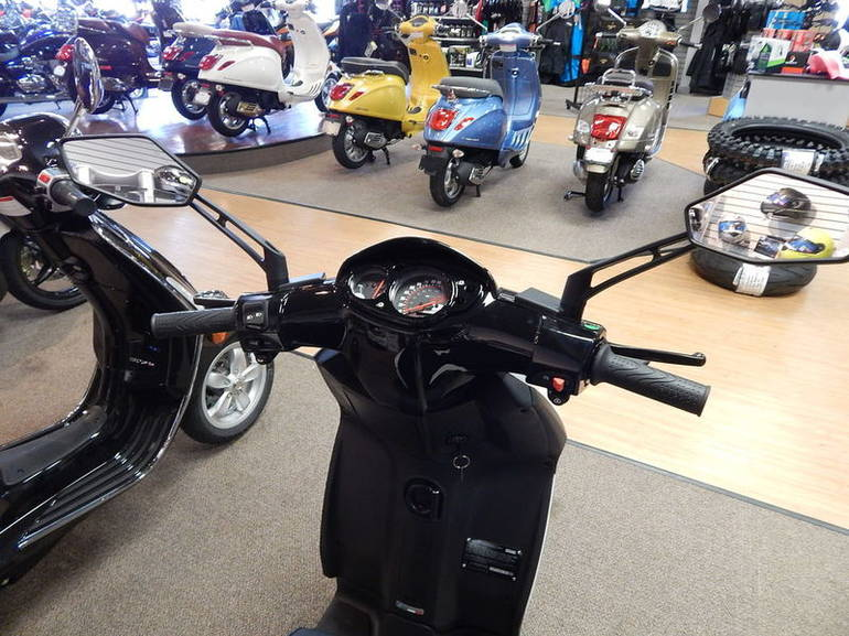 See more photos for this Piaggio Typhoon 125, 2015 motorcycle listing