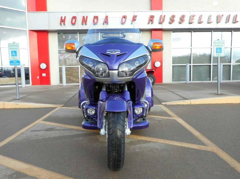 See more photos for this Road Smith Honda GL1800, 2015 motorcycle listing