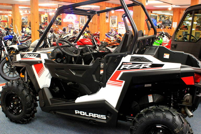 See more photos for this Polaris RZR 900 White Lightning, 2015 motorcycle listing
