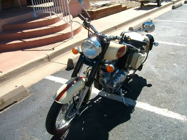 See more photos for this Royal Enfield C5, 2014 motorcycle listing