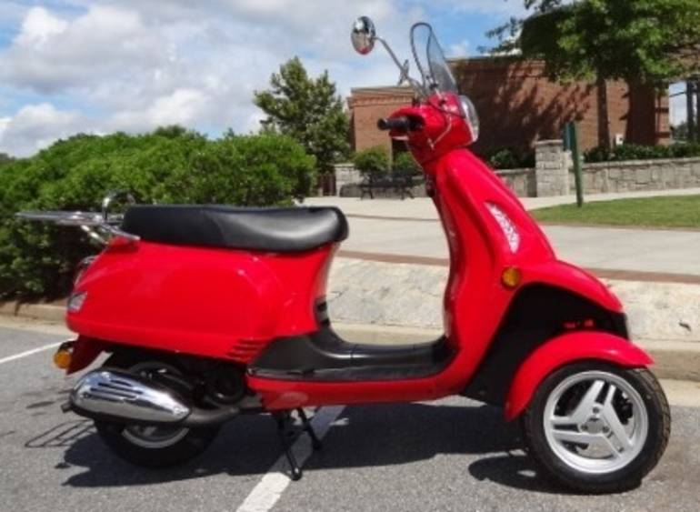 See more photos for this Sun T-Rider 49cc Three-Wheel Trike Scooter Moped, 2014 motorcycle listing