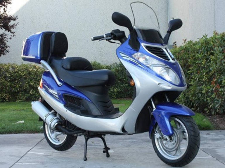 See more photos for this Sunny 150cc 4 Stroke Scooter Moped ON SALE by SaferWholesale, 2014 motorcycle listing