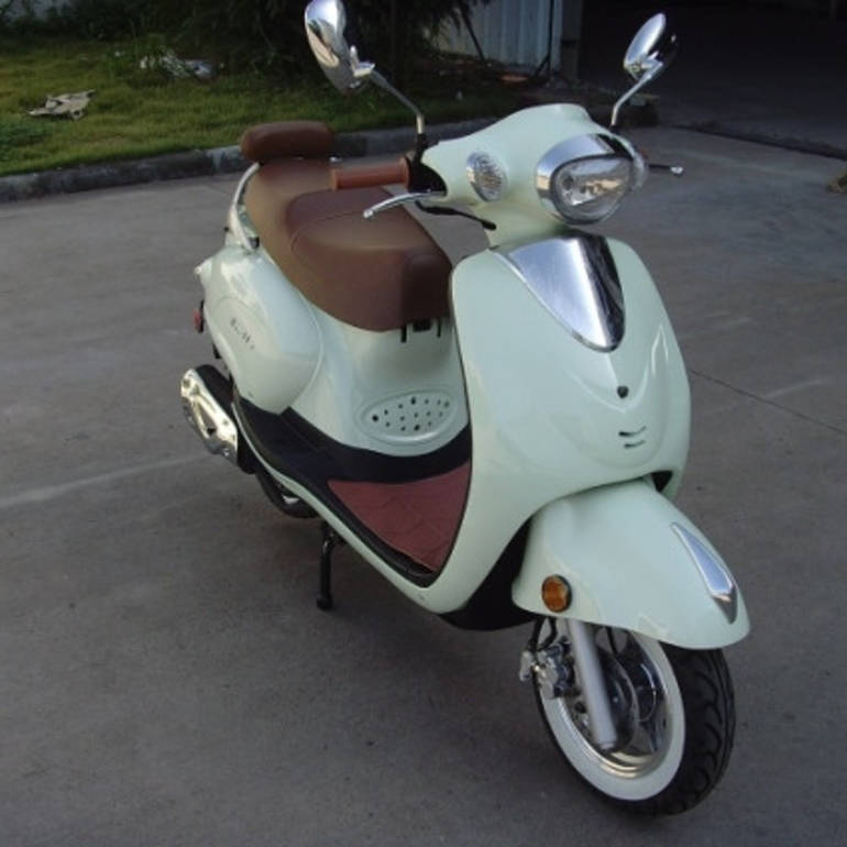 See more photos for this Sunny 50cc Italia Touring Moped Scooter ON SALE, 2014 motorcycle listing