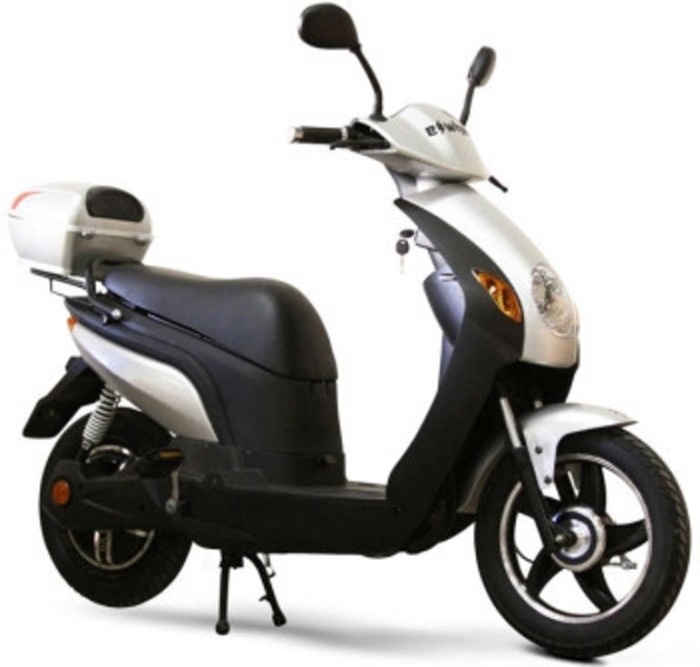 See more photos for this Sunny EW600 Electric Motor Scooter Moped ON SALE, 2014 motorcycle listing