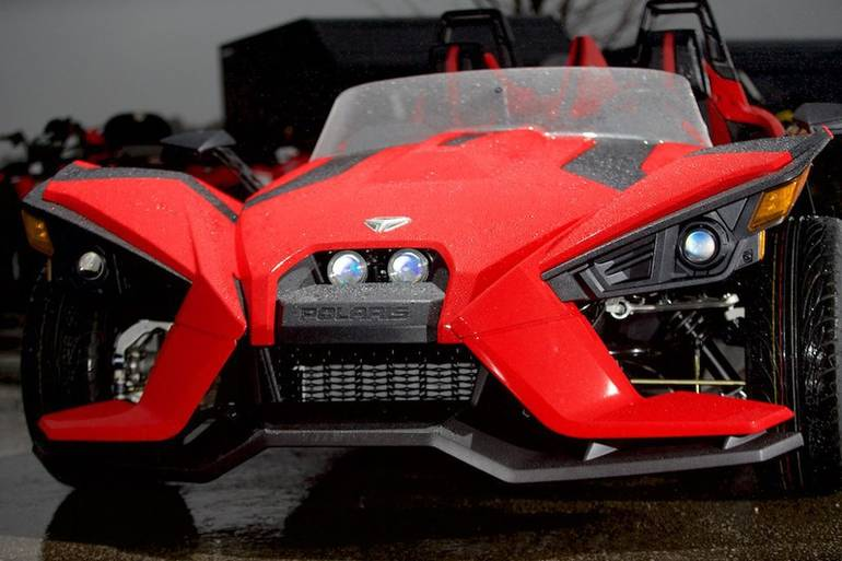 See more photos for this Polaris Slingshot SL Reverse Trike, 2015 motorcycle listing