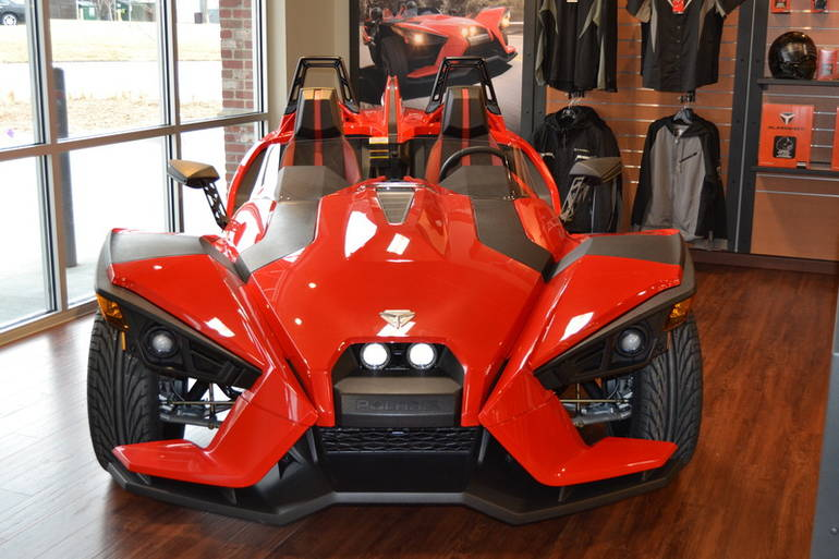 See more photos for this Polaris Slingshot Slingshot SL, 2015 motorcycle listing