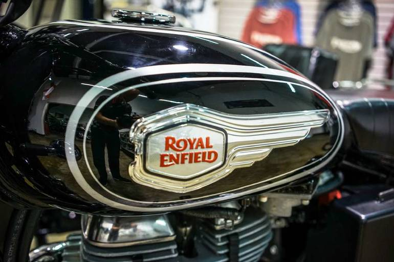 See more photos for this Royal Enfield Bullet 500 B5 (EFI), 2015 motorcycle listing