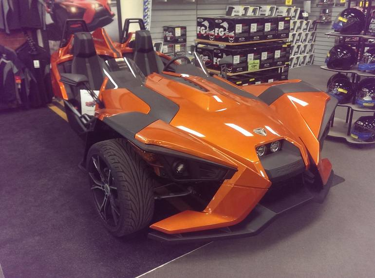 See more photos for this Slingshot SLINGSHOT SL LE, 2015 motorcycle listing