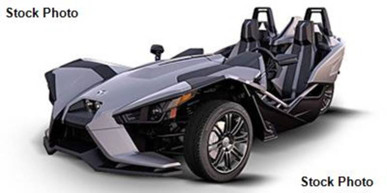 See more photos for this Polaris SLINGSHOT T16AASFAAC, 2016 motorcycle listing