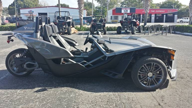 See more photos for this Polaris Slingshot Reverse Trike, 2016 motorcycle listing