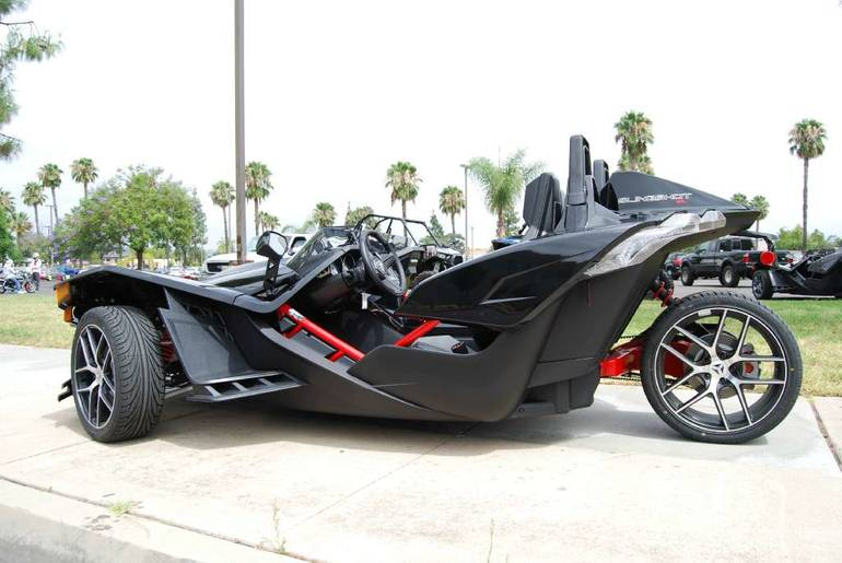 See more photos for this Slingshot Slingshot SL LE, 2016 motorcycle listing