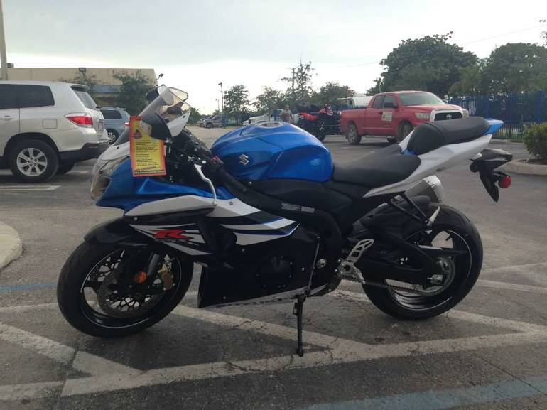 See more photos for this Suzuki GSX-R1000, 2014 motorcycle listing