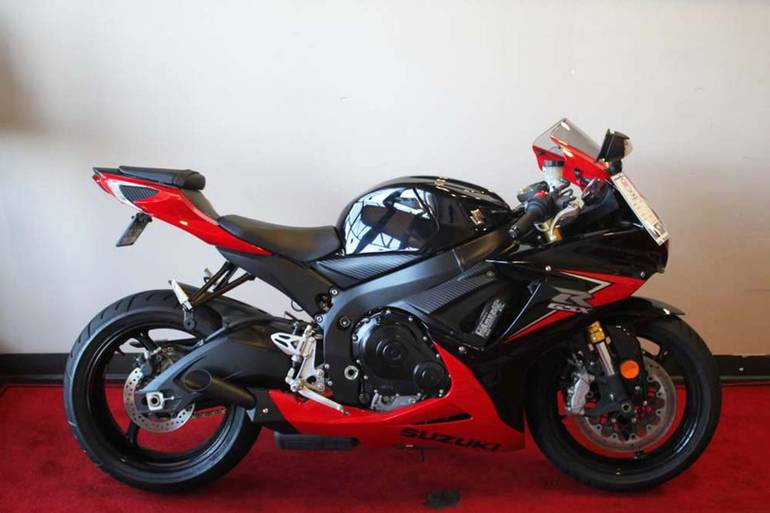 See more photos for this Suzuki GSX-R750, 2014 motorcycle listing