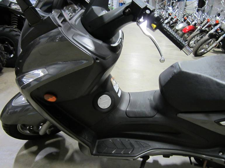 See more photos for this SYM RV250, 2009 motorcycle listing