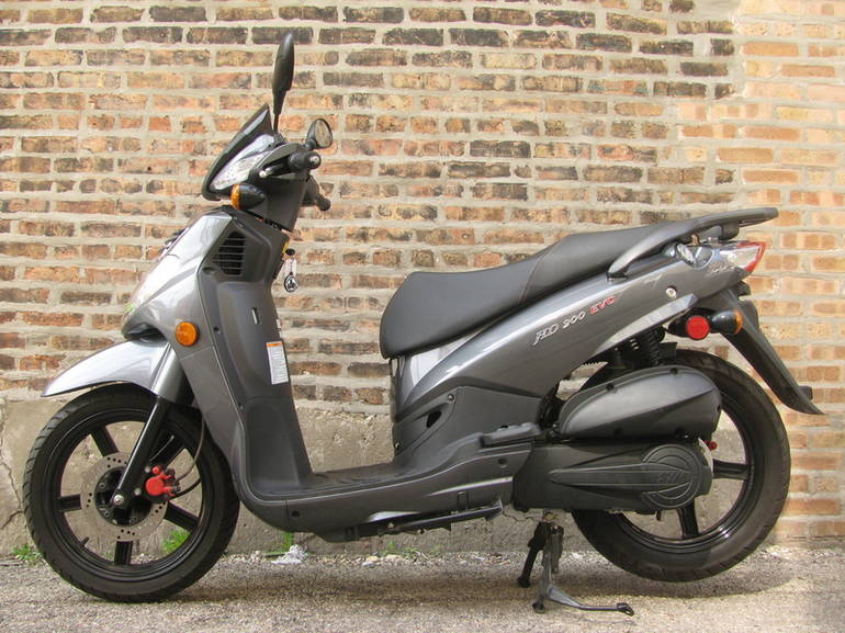 See more photos for this SYM HD 200 EVO, 2012 motorcycle listing