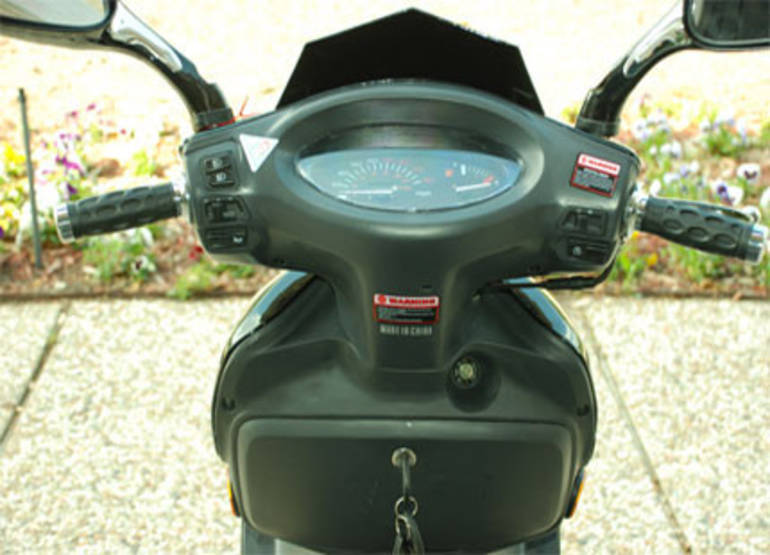 2012 Taotao 150cc Slingshot Moped Scooter Motorcycle From