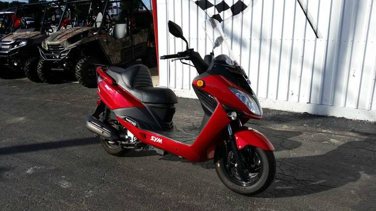 See more photos for this SYM RV 200 EVO, 2013 motorcycle listing