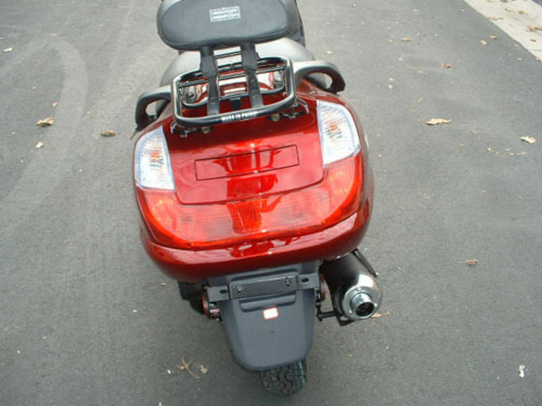 See more photos for this Tao Tao 150cc GT Sport 4 Stroke Moped Scooter For Sale, 2015 motorcycle listing