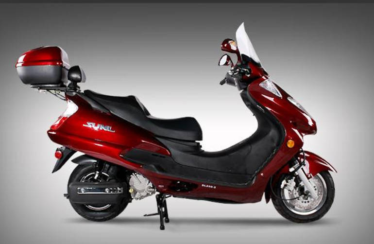 See more photos for this Tao Tao 250cc GT Sport Scooter Moped For Sale, 2015 motorcycle listing