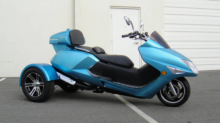 2015 Tao Tao 300cc Compeller Trike Scooter Moped Motorcycle
