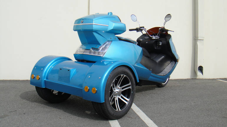 See more photos for this Tao Tao 300cc Compeller Trike Scooter Moped, 2015 motorcycle listing