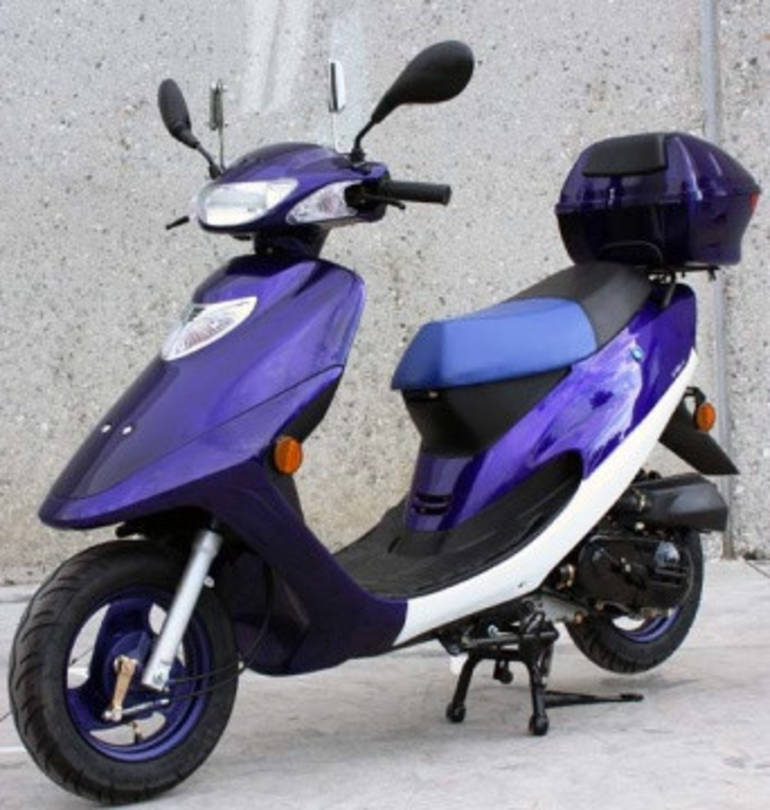 See more photos for this Tao Tao 50cc Roarin' Thunder 4-Stroke Moped Scooter For Sale, 2015 motorcycle listing