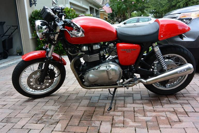 See more photos for this Triumph Thruxton 900, 2010 motorcycle listing