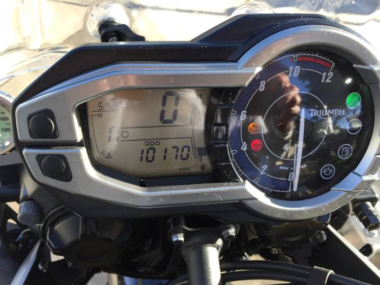 See more photos for this Triumph Tiger 800 ABS, 2012 motorcycle listing