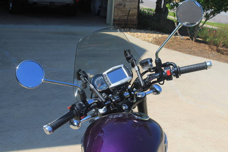 See more photos for this Triumph Bonneville SE, 2013 motorcycle listing