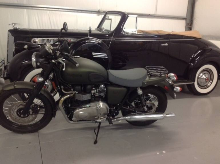 See more photos for this Triumph Bonneville SE STEVE MCQUEEN, 2013 motorcycle listing