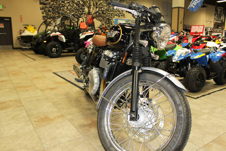 See more photos for this Triumph Bonneville T100 SE, 2014 motorcycle listing