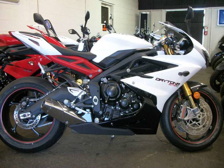 See more photos for this Triumph Daytona 675R ABS, 2014 motorcycle listing