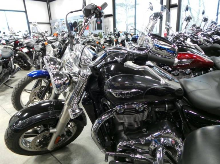 See more photos for this Triumph THUNDERBIRD COMMANDE, 2014 motorcycle listing