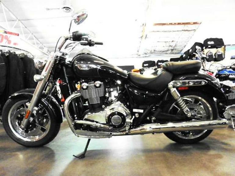 See more photos for this Triumph Thunderbird Commander, 2014 motorcycle listing