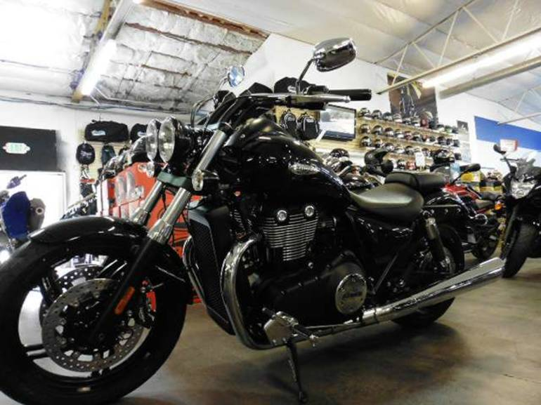 See more photos for this Triumph Thunderbird Storm ABS, 2014 motorcycle listing