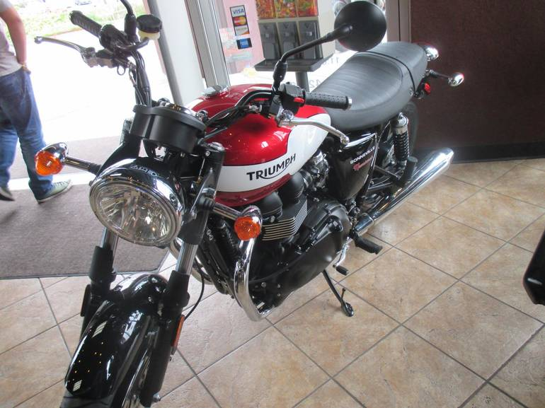 See more photos for this Triumph BONNEVILLE NEWCHURCH, 2015 motorcycle listing