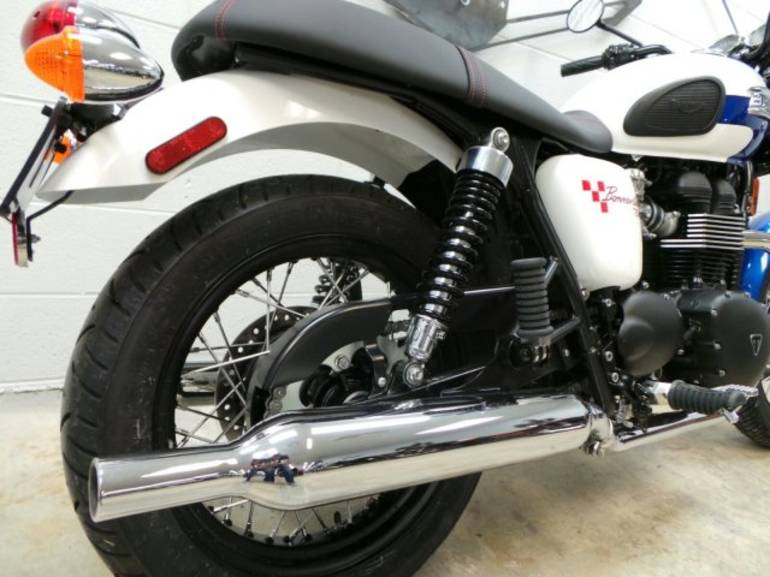 See more photos for this Triumph BONNEVILLE T214 SE, 2015 motorcycle listing