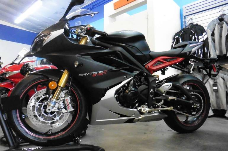 See more photos for this Triumph Daytona 675R ABS, 2015 motorcycle listing