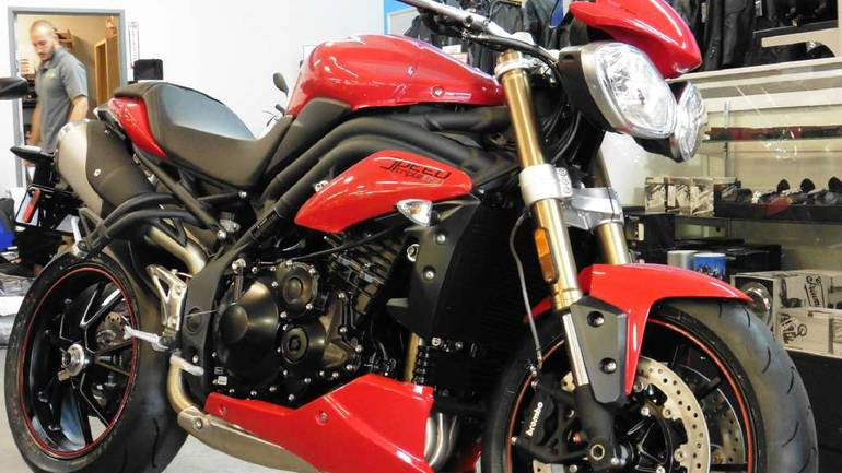 See more photos for this Triumph Speed Triple ABS, 2015 motorcycle listing