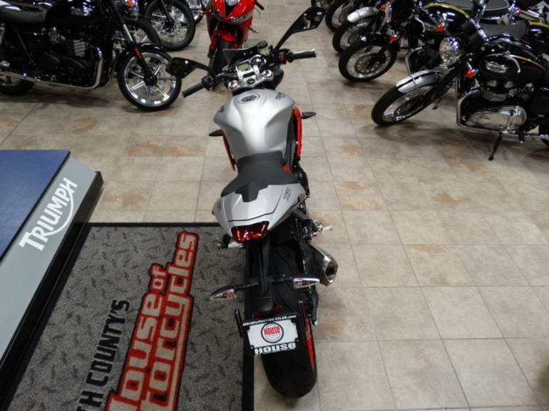 See more photos for this Triumph Street Triple Rx Special Edition, 2015 motorcycle listing