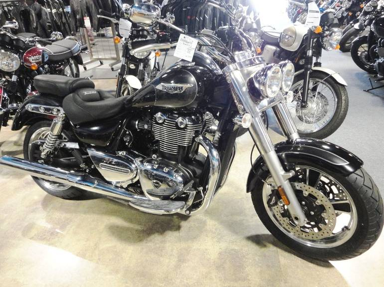 See more photos for this Triumph THUNDERBIRD COMMANDER, 2015 motorcycle listing