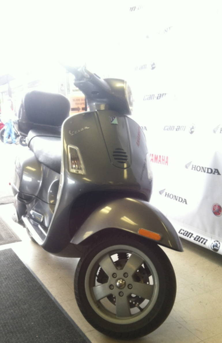 See more photos for this Vespa Granturismo 200, 2006 motorcycle listing