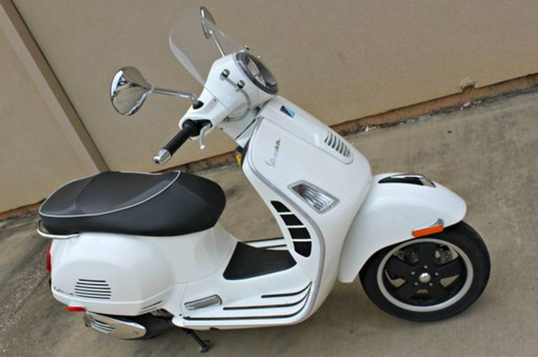 See more photos for this Vespa GTS 250, 2009 motorcycle listing