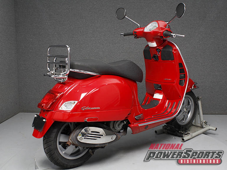 See more photos for this Vespa GTS250, 2009 motorcycle listing