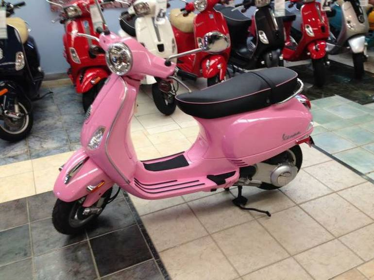 See more photos for this Vespa LX 150, 2010 motorcycle listing